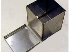Емкость 120х120х140мм для бетонных образцов  запросить стоимость
